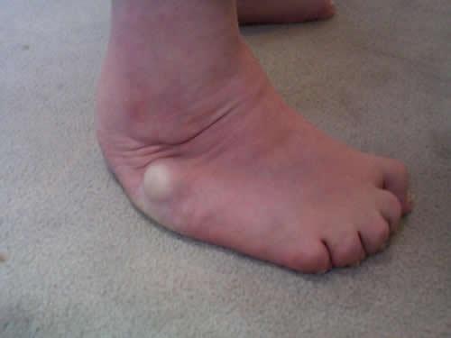 Spanish soft sole footjob