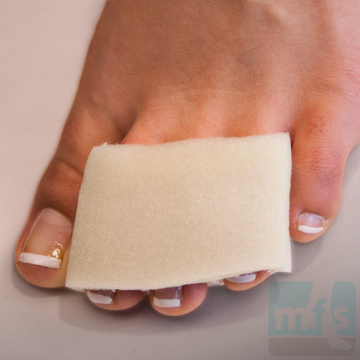 Picture of Triple-Stall Tubular Foam Toe Bandage