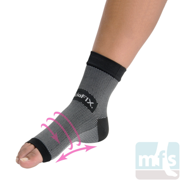 1116 FasciaFix® Plantar Fasciitis Sleeve in use