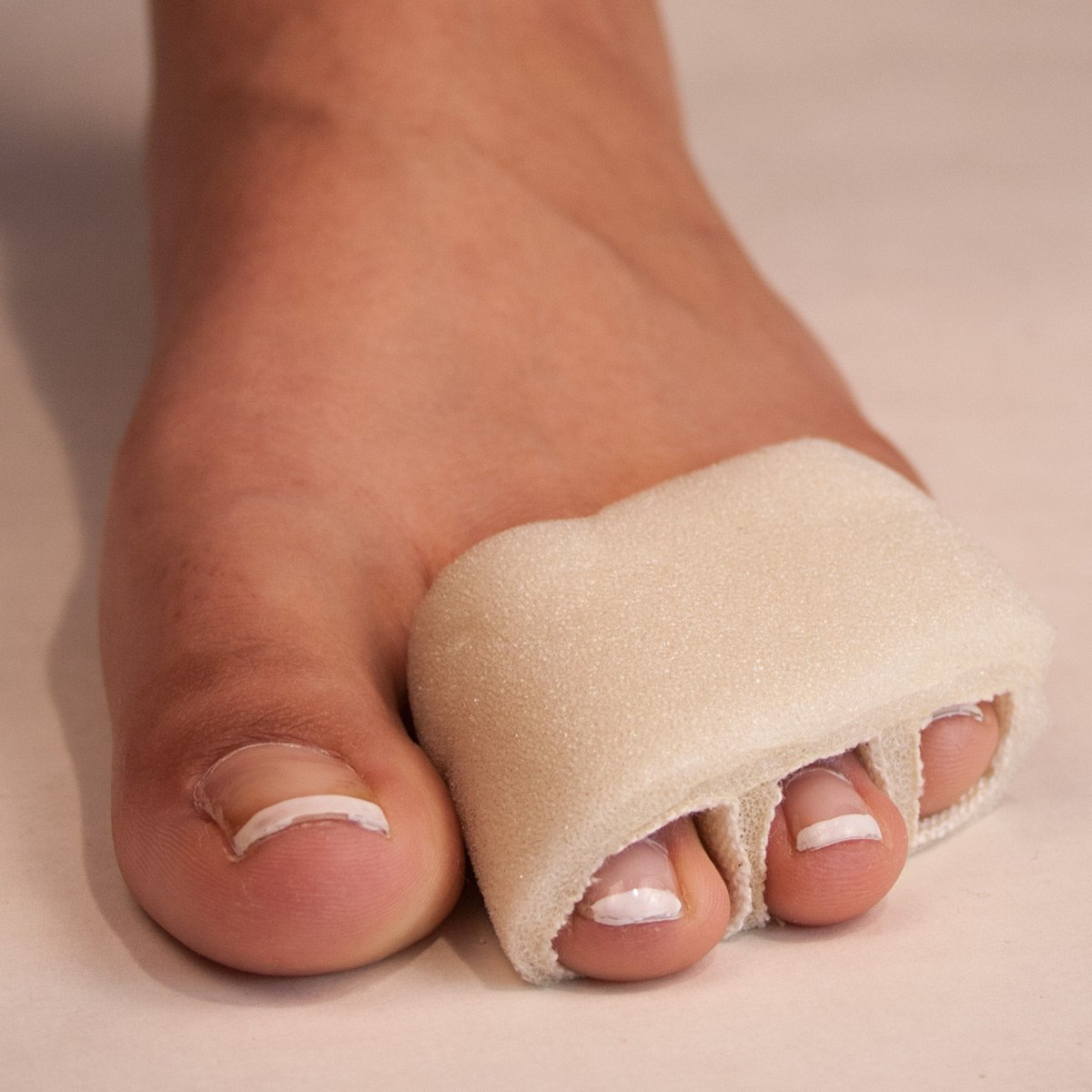 Triple Stall Tubular Foam Toe Bandages